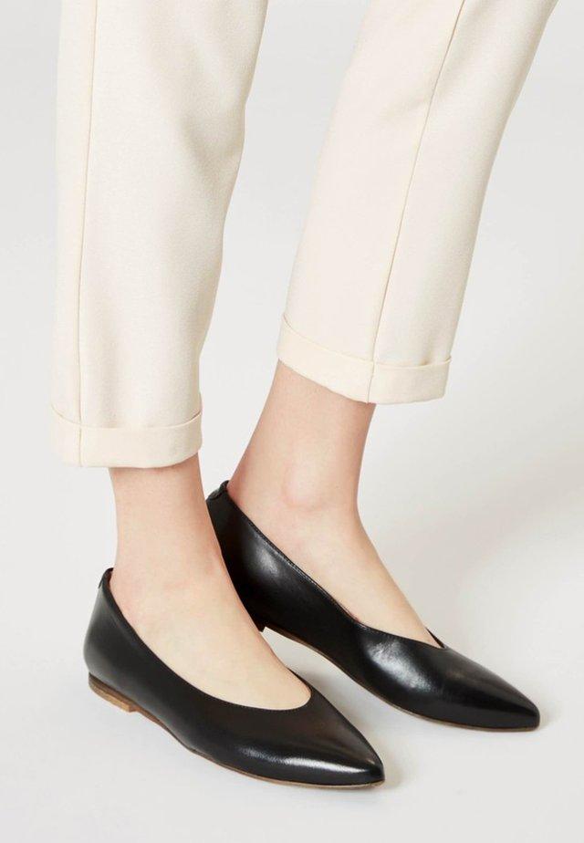 WHITE LABEL - Ballerina's - black