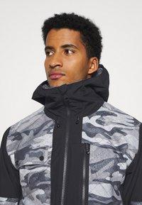 Quiksilver - TAMARACK - Snowboard jacket - true black - 3