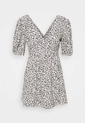 DRESS VNECK - Day dress - nude