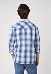 Wrangler - Skjorta - cerulean blue - 2