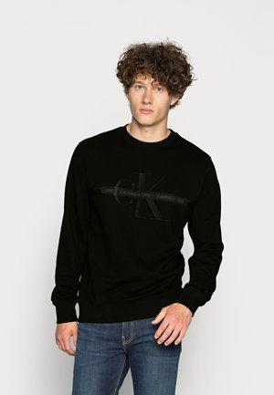 TAPING THROUGH MONOGRAM - Sweatshirt - black