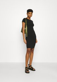 Cotton On - ESENTIAL SHORT SLEEVE BODYCON MIDI DRESS - Shift dress - black - 1