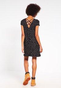 ONLY - BERA  - Žerzejové šaty - black - 2