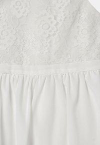 Chi Chi Girls - GIRLS - Vestido de cóctel - white - 2