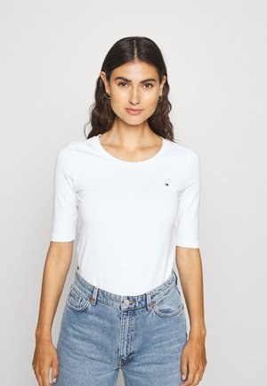 ESSENTIAL SOLID - Basic T-shirt - white