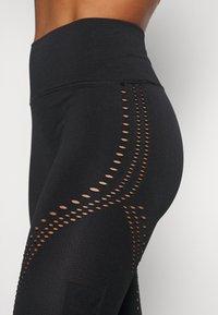 Calvin Klein Performance - SEAMLESS 7/8  - Leggings - black - 3