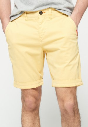 INTERNATIONAL CHINO SHORT - Short - vanilla yellow