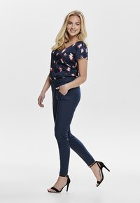 ONLY - ONLSTRIKE  - Trousers - navy - 2