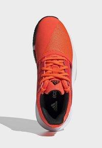 adidas Performance - COURTJAM - Clay court tennis shoes - orange - 3
