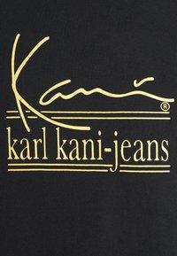 Karl Kani - SIGNATURE TEE UNISEX  - T-shirt med print - black - 6