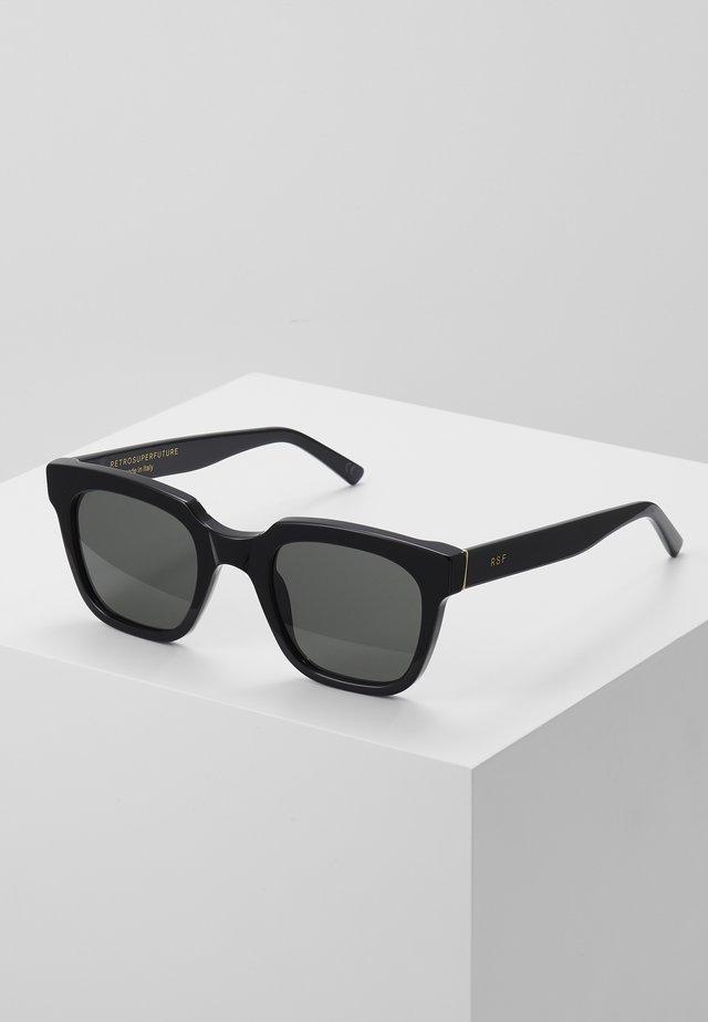 GIUSTO FIRMA - Lunettes de soleil - black