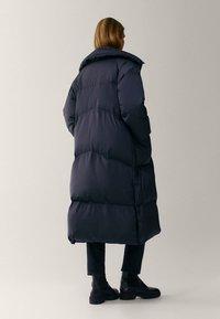 Massimo Dutti - MIT STEPPNÄHTEN  - Winter coat - dark blue - 2