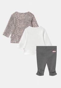 Staccato - SET - Leggings - Trousers - light pink/dark grey - 1