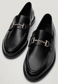Massimo Dutti - Slip-ons - black - 2