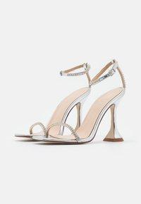 BEBO - ARTEE - Sandaler med høye hæler - silver - 2