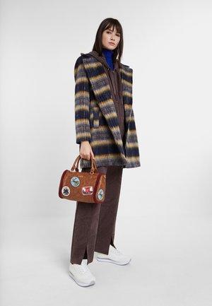 ABRIG_EINAR - Płaszcz wełniany /Płaszcz klasyczny - blue