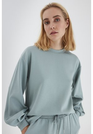Long sleeved top - blue surf