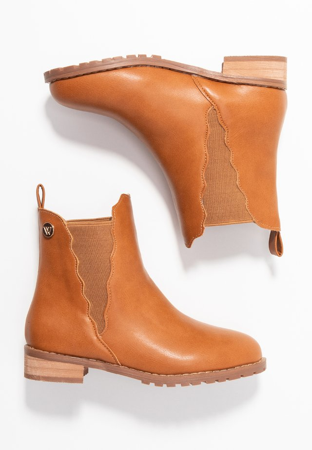 KENDALL SCALLOPED BOOT - Bottines - tan