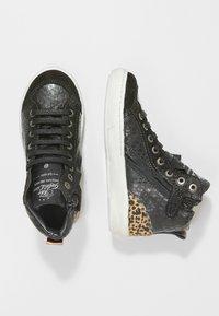 Shoesme - VULCAN - High-top trainers - black - 0