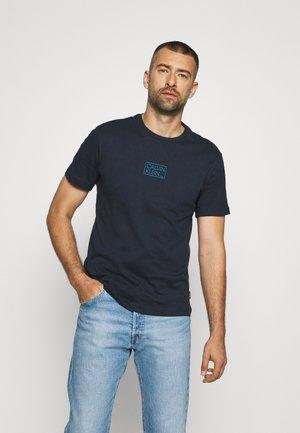 CHEST BOX LOGO - Print T-shirt - calvin navy