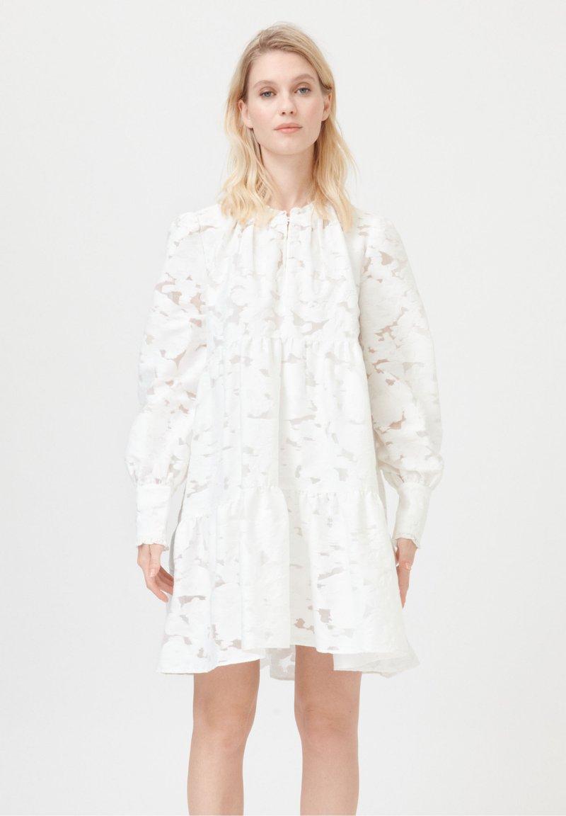 Dea Kudibal - KIRA NS CO - Day dress - white