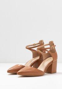 ALDO - BROOKSHEAR - Classic heels - cognac - 4