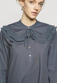 Bruuns Bazaar - POSY EBEN DRESS - Shirt dress - graystone - 6