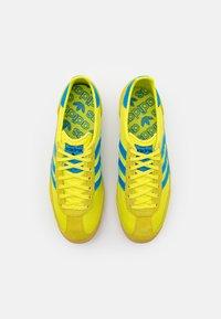 adidas Originals - SL 72 UNISEX - Sneakers - acid yellow/bright blue - 3