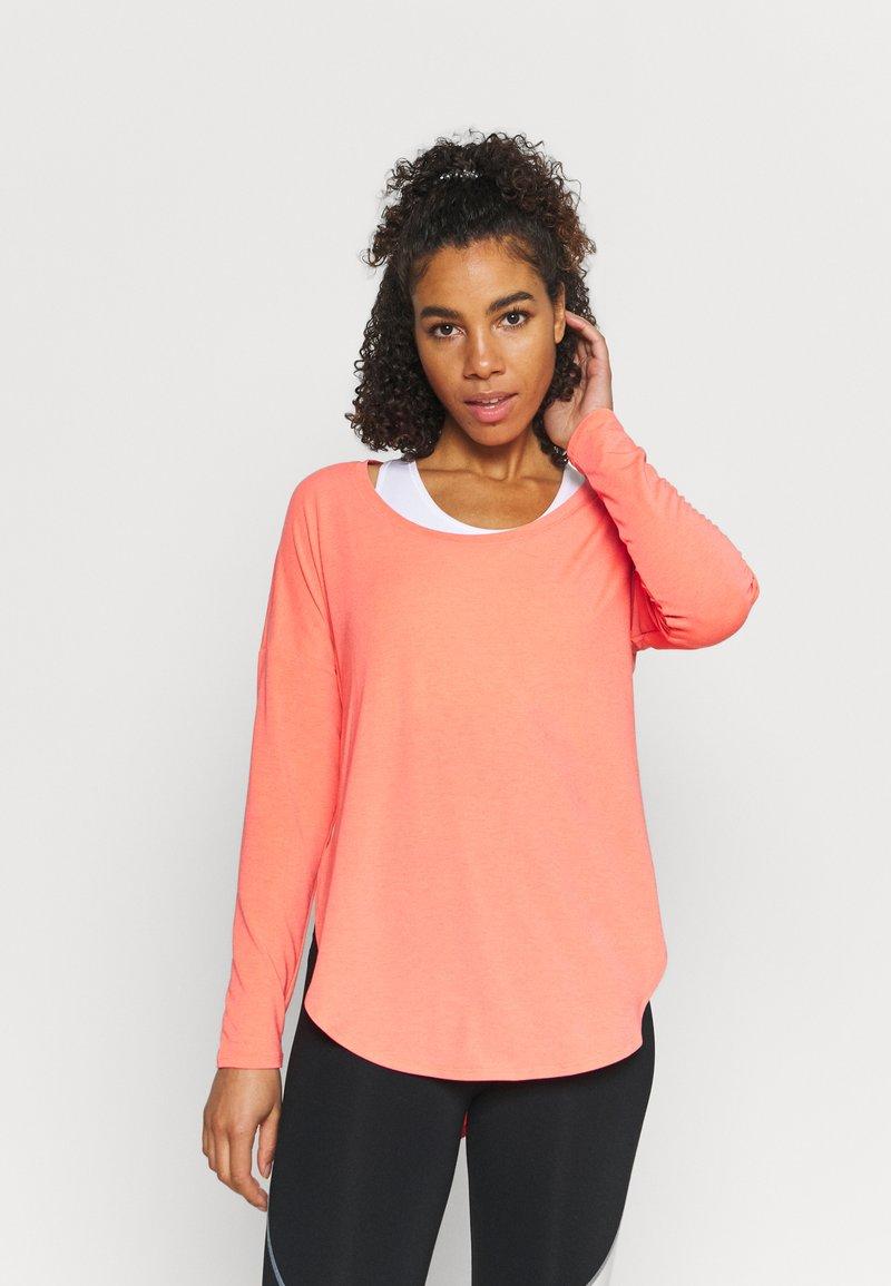 GAP - BREATHE - Long sleeved top - coral reef neon