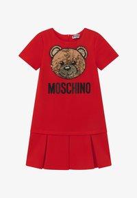 MOSCHINO - Žerzejové šaty - poppy red - 2