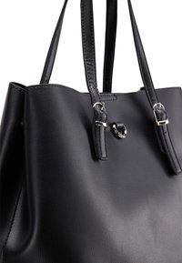usha - Tote bag - black - 5