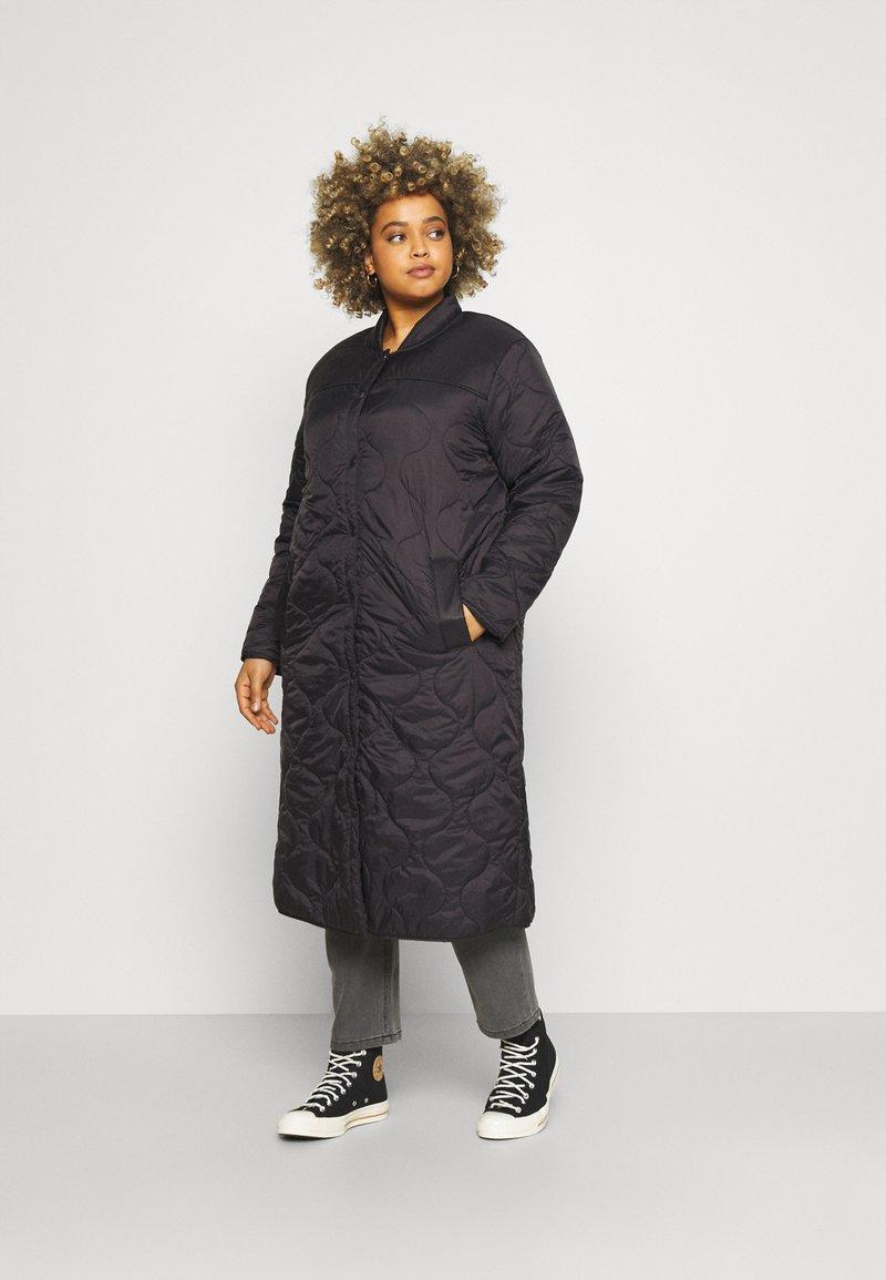 Vero Moda Curve - VMBRIDGETDOLLY LONG JACKET - Classic coat - black