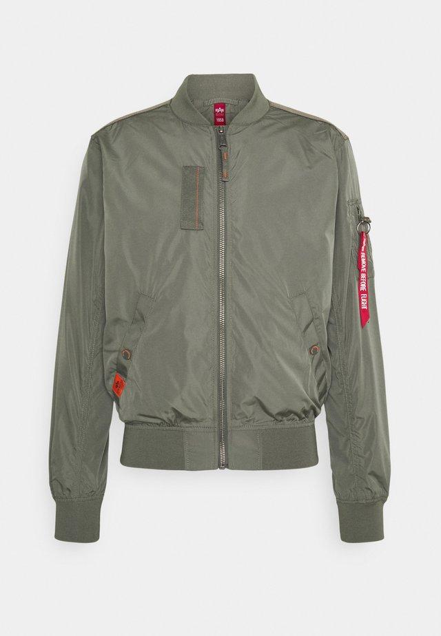 PARACHUTE - Bomber Jacket - vintage green