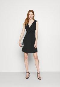 WAL G. - SOPHIA SKATER DRESS - Cocktail dress / Party dress - black - 1