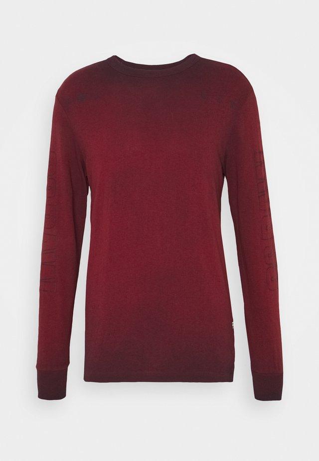LOGO OVERDYE  - Long sleeved top - dry red/sartho blue