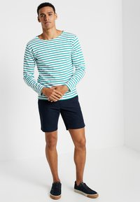 Tommy Hilfiger - BROOKLYN LIGHT BELT - Shorts - blue - 1