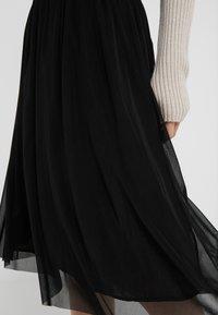 Bruuns Bazaar - THORA VIOLET SKIRT - Áčková sukně - black - 5