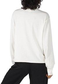 Vans - WM VANS MADE WITH LIBERTY FABRIC LS TEE - Long sleeved top - (liberty fabric) mrshmllw - 1