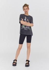 PULL&BEAR - DISNEY - Print T-shirt - black - 1