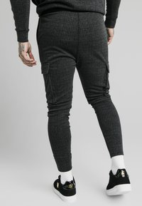 SIKSILK - TONAL CHECK CARGO PANT - Cargobroek - grey - 2