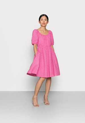 YASVOLANT DRESS  - Juhlamekko - azalea pink