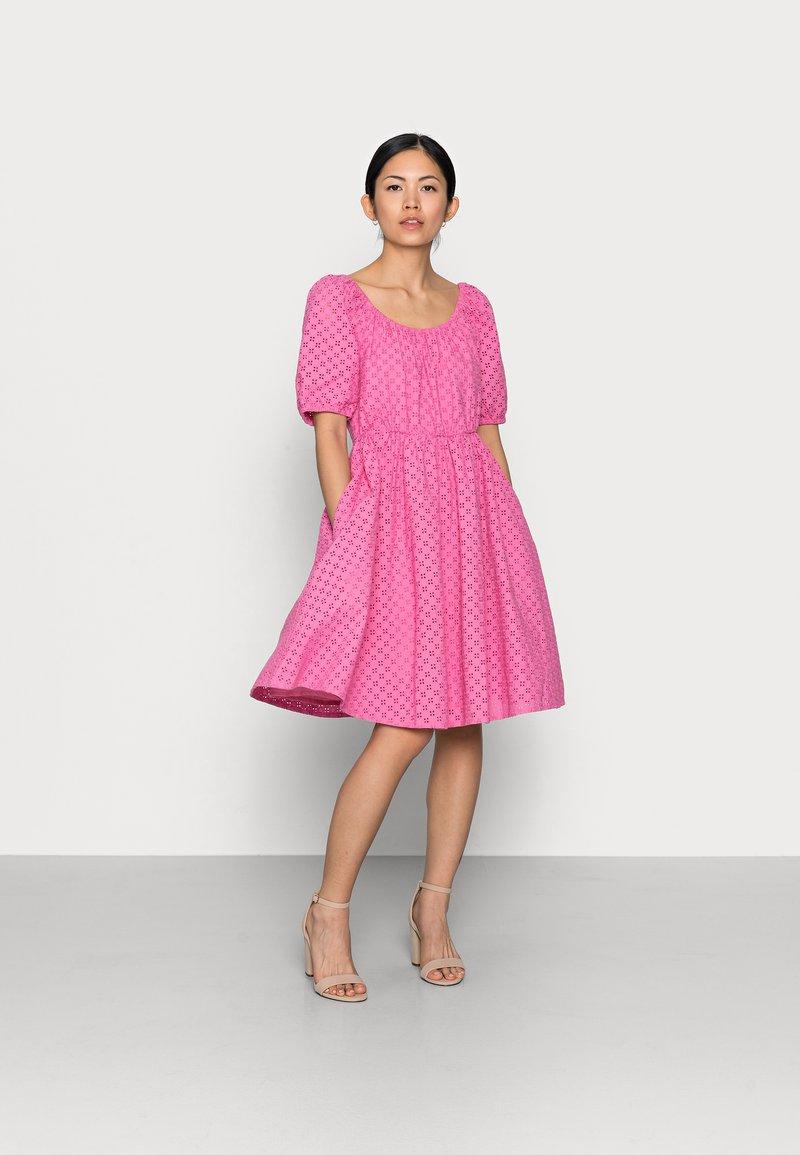 YAS Petite - YASVOLANT DRESS  - Cocktail dress / Party dress - azalea pink