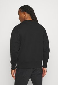 Tommy Jeans - BADGE CREW UNISEX - Felpa - black - 2