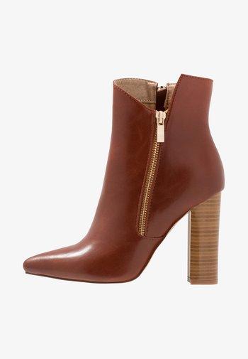 KEYLA - High heeled ankle boots - tan
