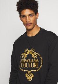 Versace Jeans Couture - CREW - Sweatshirt - black - 3