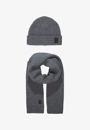 ONSCENZ BOX SCARF BEANIE SET - Halsduk - medium grey melange