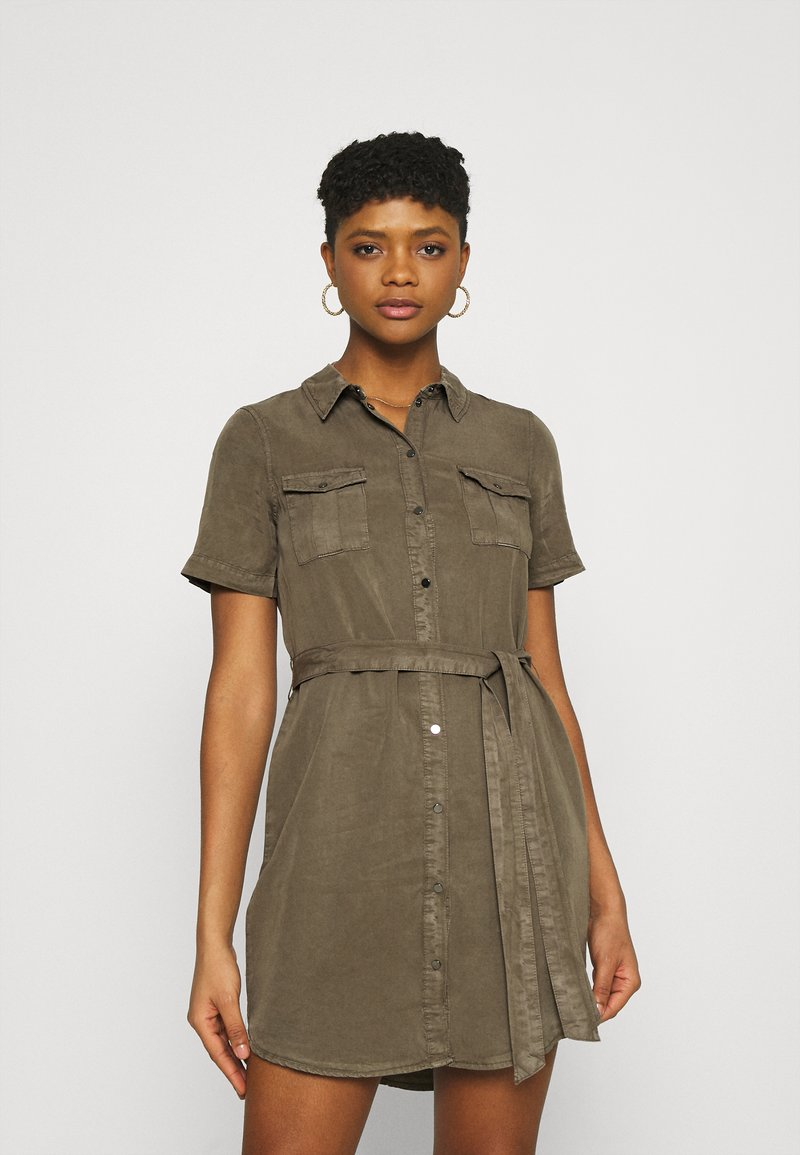 Vero Moda - VMSILJA SHORT DRESS  - Vestido camisero - bungee cord