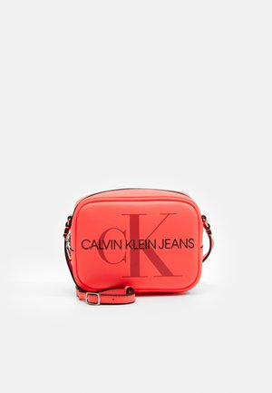 CAMERA BAG - Borsa a tracolla - pink