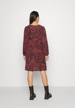 MLTIFFANY TESS DRESS  - Vestito di maglina - black