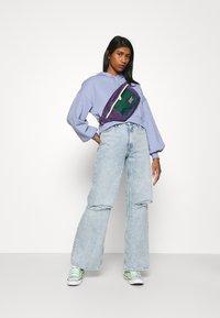 Monki - Jeans Straight Leg - blue dusty light - 1
